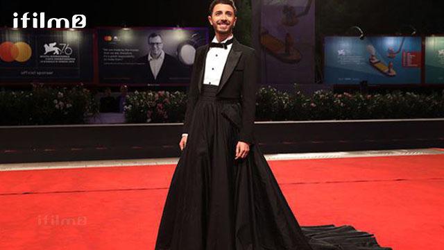 پوشش عجیب آوازخوان مشهور ایتالیایی در ونیز همه را متعجب ساخت!