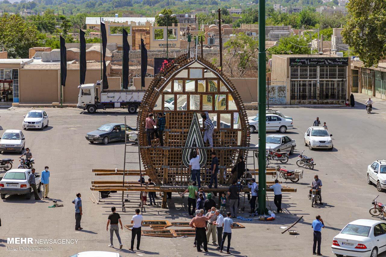 Yazd decorating 'Nakhl' for Muharram