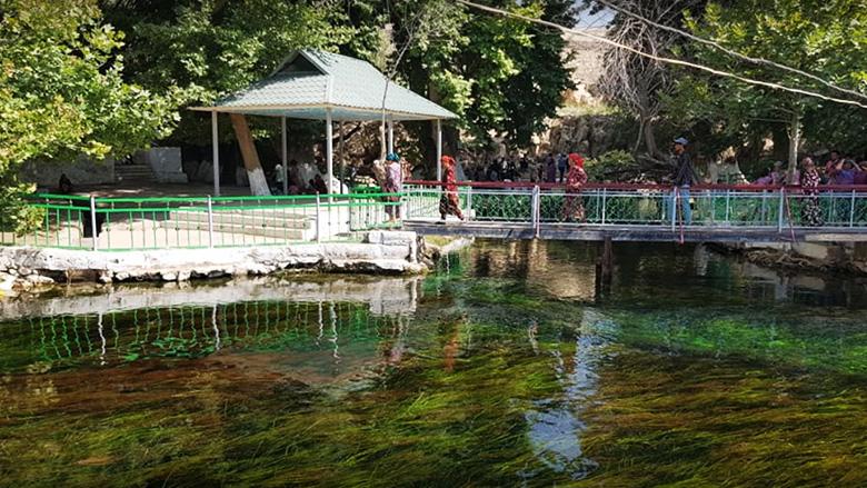 «چهل و چهار چشمه» مکانی تماشایی در تاجیکستان + تصاویر
