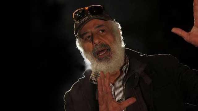الفنان أيمن زيدان ينعي المسرح العربي