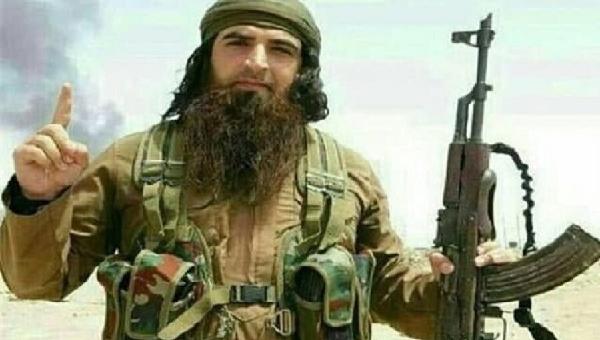 """بالصورة:تعرف على شخصية """"ابو عامر الداعشي"""" الحقيقية؟!"""